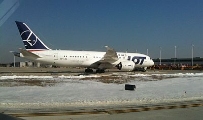 LOT 787 parked at ORD by Scott