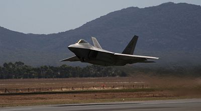 F-22 at Australian International Airshow 2013 (Avalon) by Mick