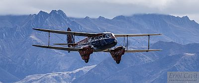 DH 89A Dragon Rapide in Royal Flight colours, Wanaka 2010 by Errol Cavit