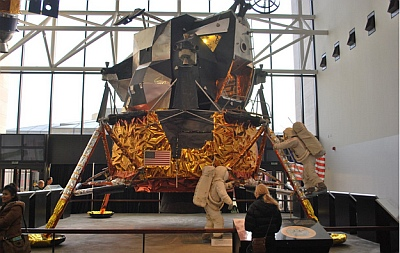 LM-2 At the NATIONAL AIR AND SPACE Museum on the MALL.  DMV Photo