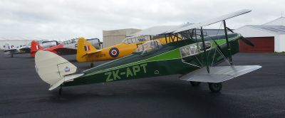 WONZ DH.83 Fox Moth