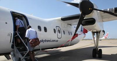 Skytrans Dash8-102-VH-QQF-5 by ryanhothersall