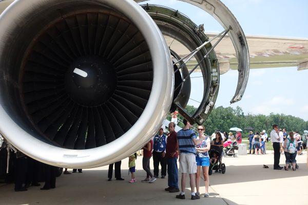 United 767 at NASM