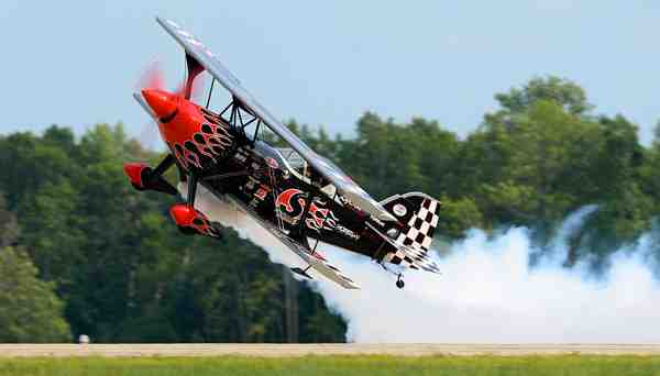 EAA AirVenture Oshkosh 2014 by DeKevin Thornton