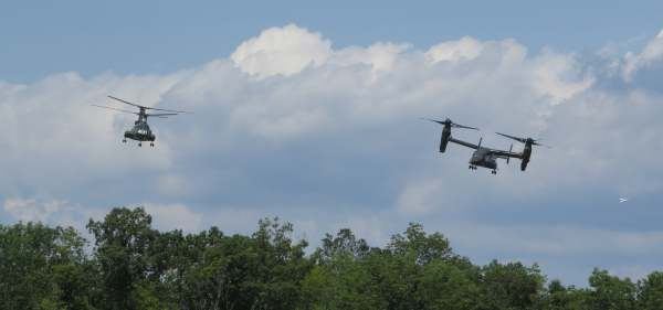 CH-46 Retirement Ceremony Arrival