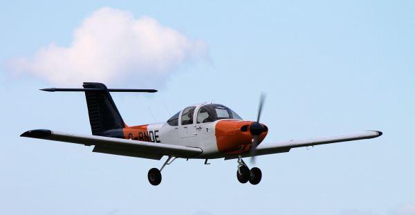 PA-38-112 Tomahawk, G-BNDE