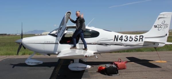 James Fallows and his Cirrus SR22