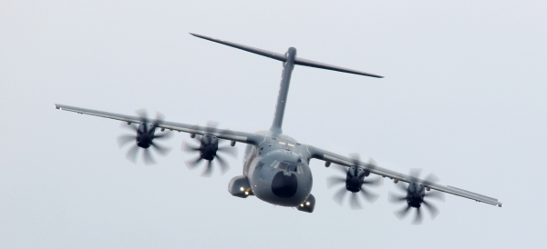 Airbus A400M at Farnborough International Airshow 2016, by Carlos Stebbings.
