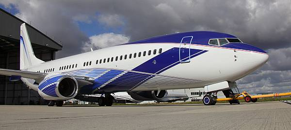 BBJ livery by Happy Design Studio and Air Livery. Photo courtesy Sebastien Ognier.