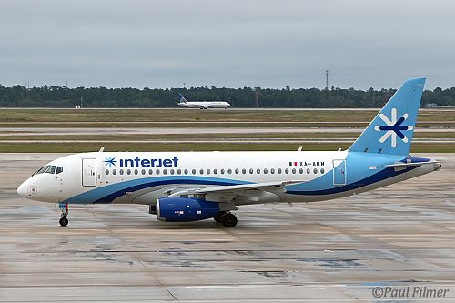 Interjet at IAH in 2015. Photo by Paul Filmer.