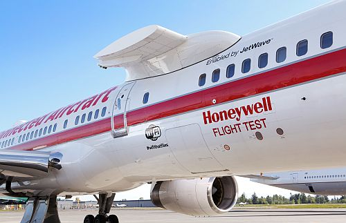 Honeywell Aerospace B757 flight test aircraft., showing the pylon for mounting test en gines.