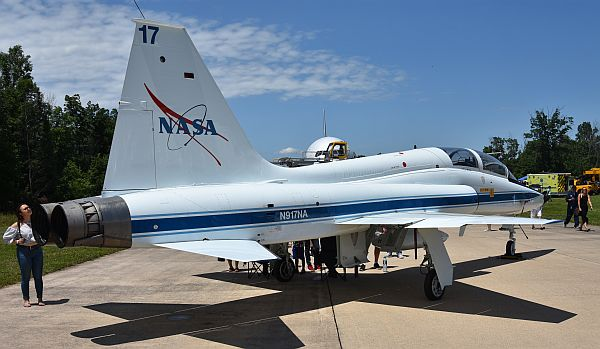 NT-38 NASA test aircraft