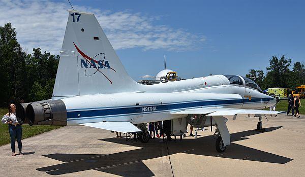 NT-38 NASA test aircraft