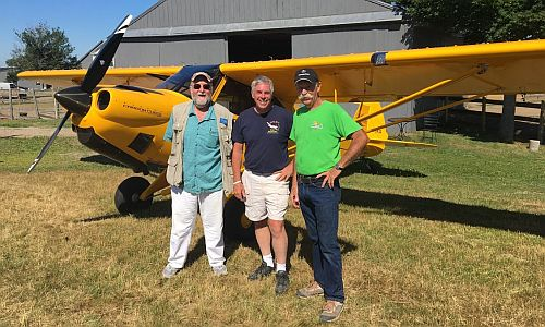 Micah with Shawn Moody, Bunk Chase, and a Carbon Cub.