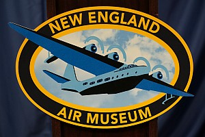 New England Air Museum, host of Women Can Fly