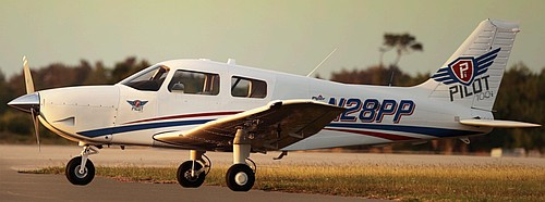 Airplane Geeks Podcast - The weekly audio podcast that